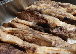 牛ステーキ(牛脂注入肉)