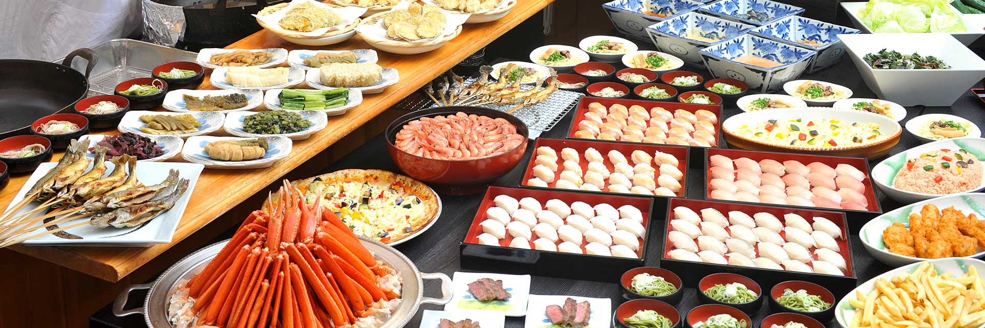 A spread of more than 70 dishes for breakfast and dinnerThe only buffet dinner option in the Omachi Hot Spring Town