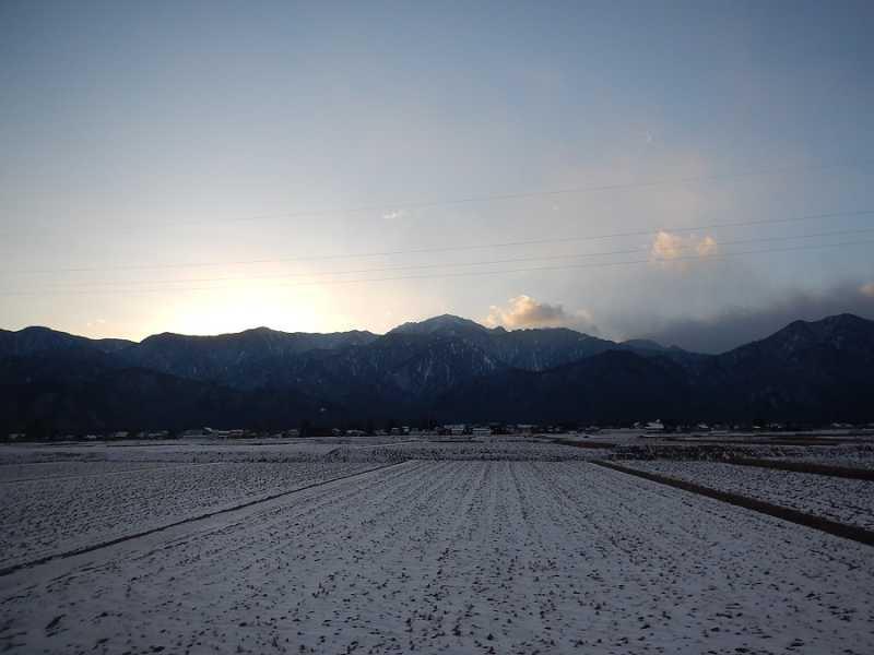 雪景色と北アルプス