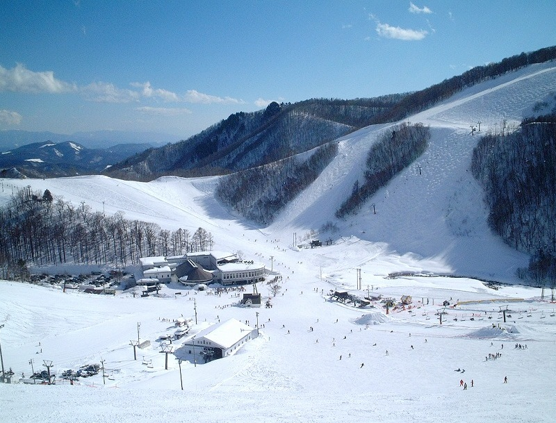 鹿島槍スキー場 | 周辺観光 | 黒...